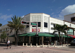 Former Walgreens Downtown West Palm Beach